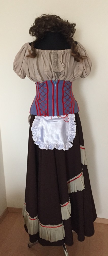 Női bajor ruhák - Broadway egyedi ruha és jelmezkölcsönzés 35cabf21de