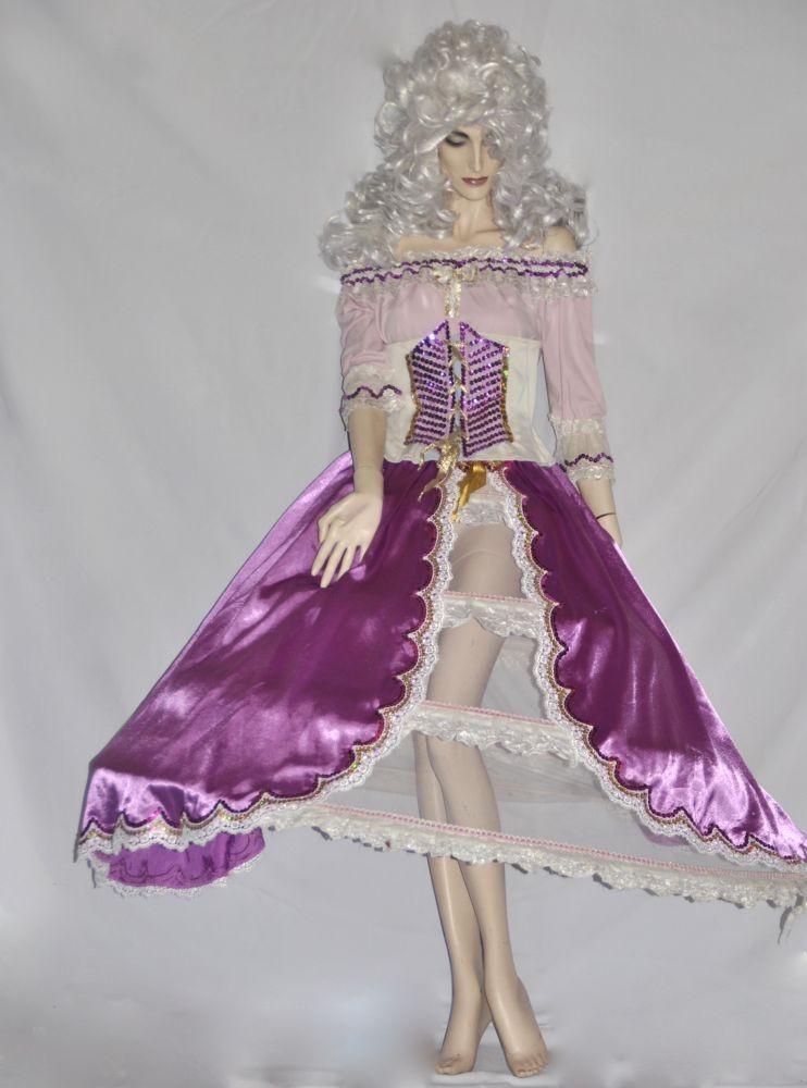 Reneszánsz női jelmezek - Broadway egyedi ruha és jelmezkölcsönzés 6ad5f35557