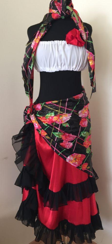 Cigány női ruhák - Broadway egyedi ruha és jelmezkölcsönzés 7ad0b553a9